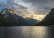 Alpejskie Jezioro W Alpach Julijskich-Lago Del Predil