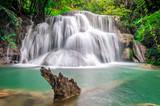Park Narodowy Huay Mae Kamin w Tajlandii. - 89009865