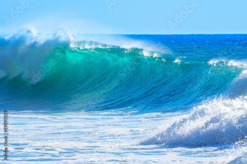Spoed Foto op Canvas Water Waves breaking on the shore of Madeira (Portugal)