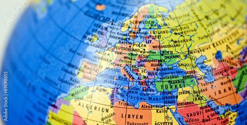 Tuinposter Wereldkaart Globus mit Landkarte Europa