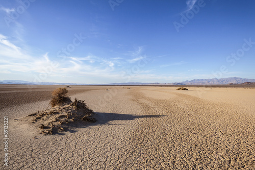Photo sur Toile Desert de sable Dry Lake