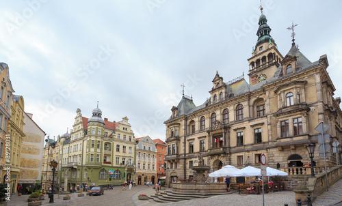 Fototapeta Kłodzko - rynek starego miasta z ratuszem i fontanną  obraz