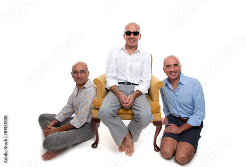 Photographie  Identical triplets smiling