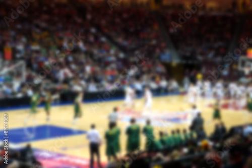 Fotografie, Obraz  Rozostřeného pozadí basketbal dav v aréně