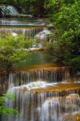 Obraz na Szkle Wodospad Waterfall Huai Mae Kamin in Kanchanaburi,Thailand