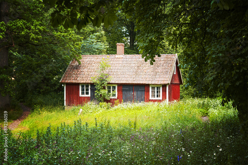 Photo  Red cottage