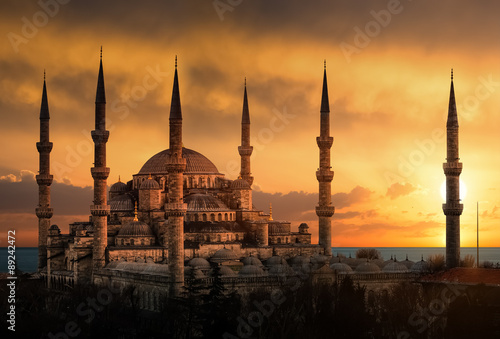Poster Turquie The Blue Mosque in Istanbul during sunset