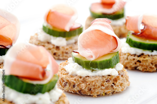 Tela Gourmet finger food