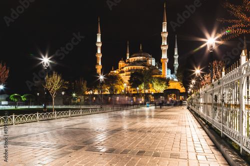 Istanbul, the Blue Mosque at night, long exposition Poster
