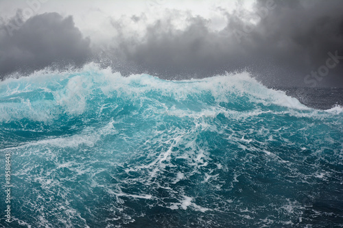 Poster Water sea wave in the atlantic ocean during storm