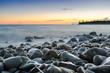 plage, coucher de soleil, crépuscule et galets