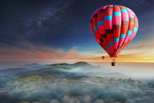 Colorful Hot-air Balloons Flyi...