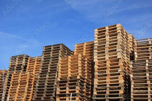 Fotografia Stacked wooden pallets