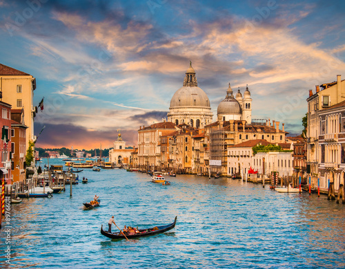 Stickers pour portes Venise Canal Grande with Santa Maria Della Salute at sunset, Venice, Italy