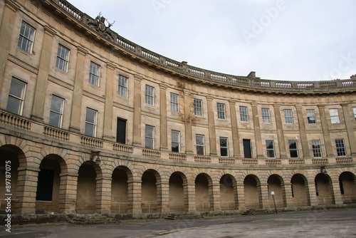 Cuadros en Lienzo A view of Buxton Crescent in Derbyshire