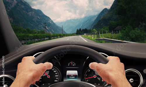 Driving hands steering wheel Fototapet