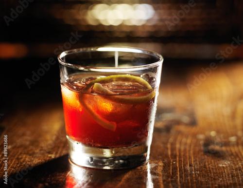 Obraz sazerac cocktail on dark wooden background - fototapety do salonu