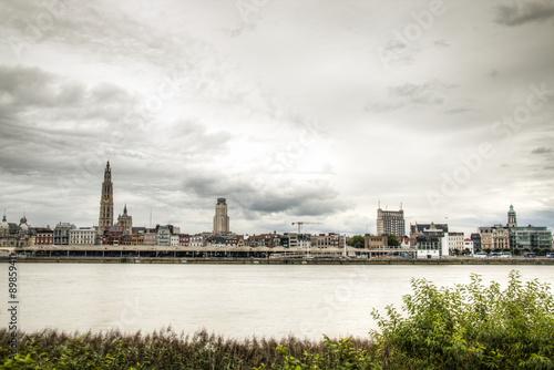 Foto op Plexiglas Antwerpen The skyline of Antwerp, Belgium with the Schelde river seen from Linkeroever