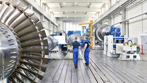 Fotografía  Herstellung von Gasturbinen in einer Fabrik für Maschinenbau - Interieur und Arb