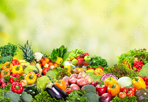 Photo Fresh vegetables and fruits.