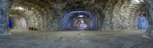 Panorama Inside Salt Mine Targ...