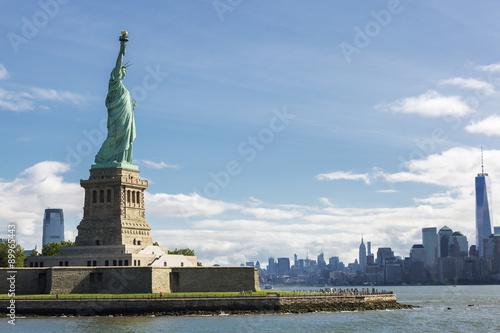 Fototapeta Statue of Liberty and the New York City Skyline