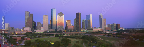 La pose en embrasure Texas Houston Skyline, Memorial Park, Dusk, Texas