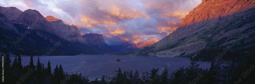 Fototapety, obrazy: St. Mary Lake, Glacier National Park, Montana