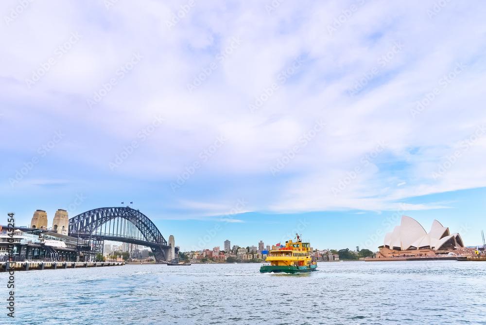 Photo  View of Sydney Harbor Bridge and Opera House