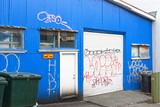 Fototapeta Młodzieżowe - Vandalised Building