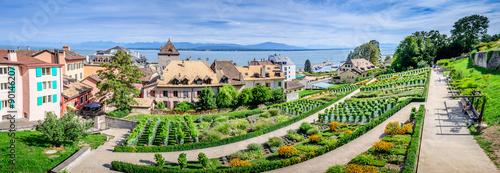 Nyon, château et lac Léman