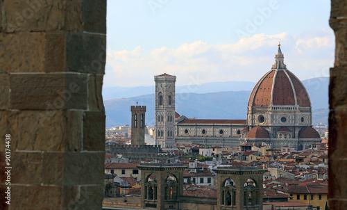 florencja-we-wloszech-z-wielka-kopula-katedry