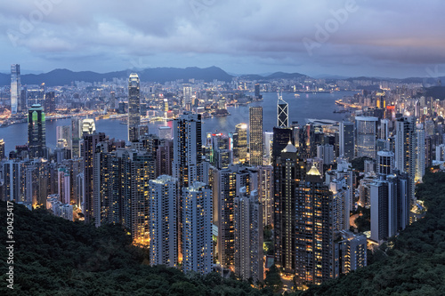 Photo  Hong Kong Island and Victoria Harbor as viewed from The Peak