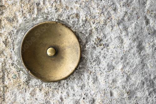фотографія  Old doorbell
