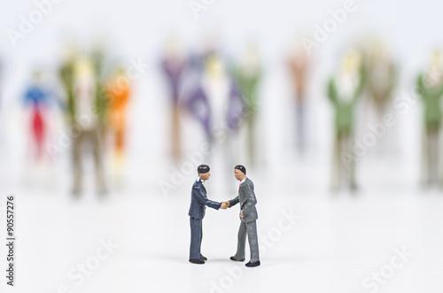 Fotografie, Obraz  miniature people agreement