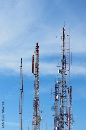 Fotografie, Obraz  Torre com antena de telecomunicação