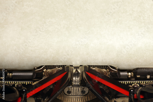 Foto op Canvas Retro Old vintage typewriter with blank paper