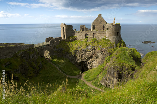 Deurstickers Kasteel Dunluce Castle, Antrim, Northern Ireland.