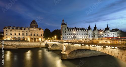 Paris et Quai de Seine #90791681