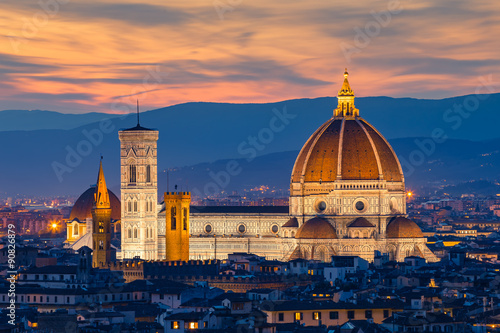 Photo sur Toile Florence Twilight at Duomo Florence in Florence, Italy