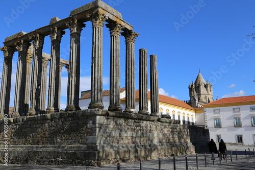 Deurstickers Rudnes Roman Temple Evora