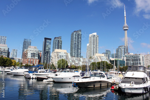 Plakat Marina w Toronto i luksusowe apartamenty