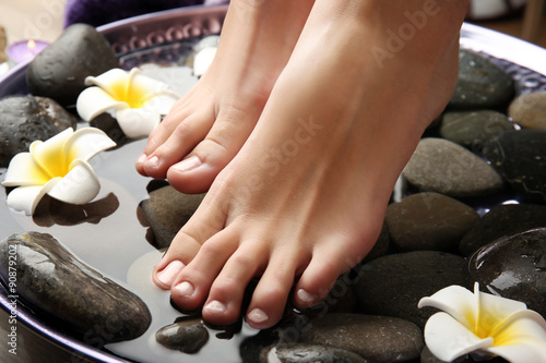 Foto op Plexiglas Spa Female feet at spa pedicure procedure