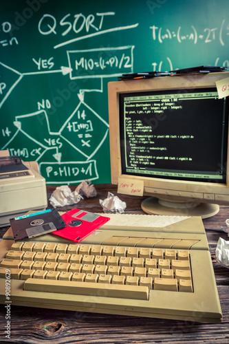 Fotografia  Work on algorithm in the computer lab