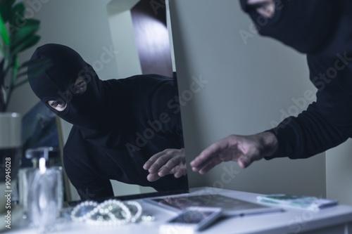 Fotografía  Thief in balaclava