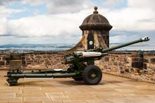 One O'clock Gun At Edinburgh C...