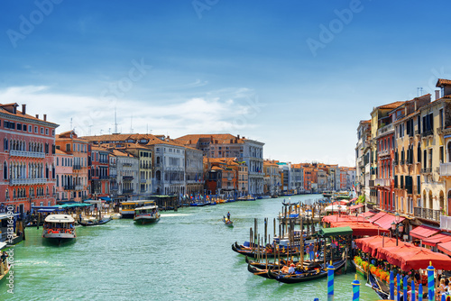 Photo  View of the Grand Canal from the Rialto Bridge in Venice, Italy