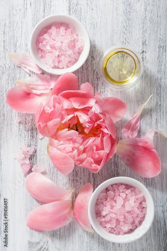 Foto-Lamellen (Lamellen ohne Schiene) - pink flower salt peony essential oil for spa and aromatherapy (von dusk)
