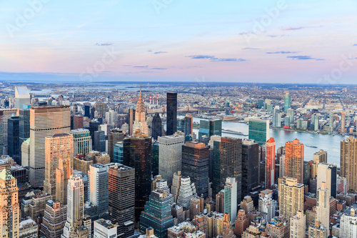 Keuken foto achterwand New York New York City with skyscrapers at sunset