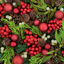 Berries And Baubles